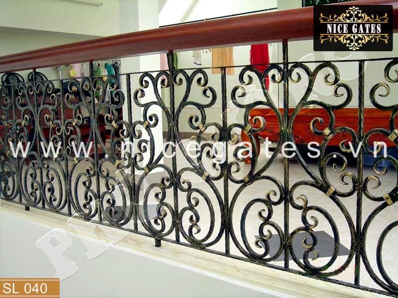 040 lan can ban cong sat dep Nicegates.vn  - Những tiêu chí quan trọng khi thiết kế thi công lan can sắt